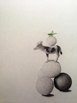 Ko är en grafisk bild i fotopolymer på en ko, kulor och en gräshoppa av Annette Ronàld